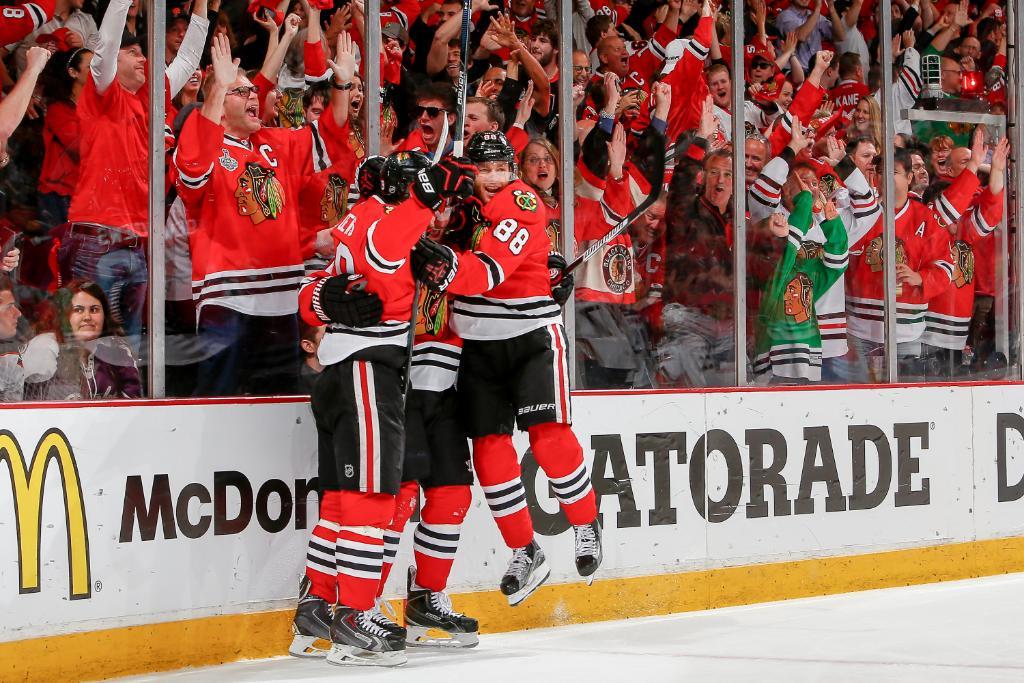 The @NHLBlackhawks will make ya jump, jump. #StanleyCup http://t.co/lU7BsVh92c