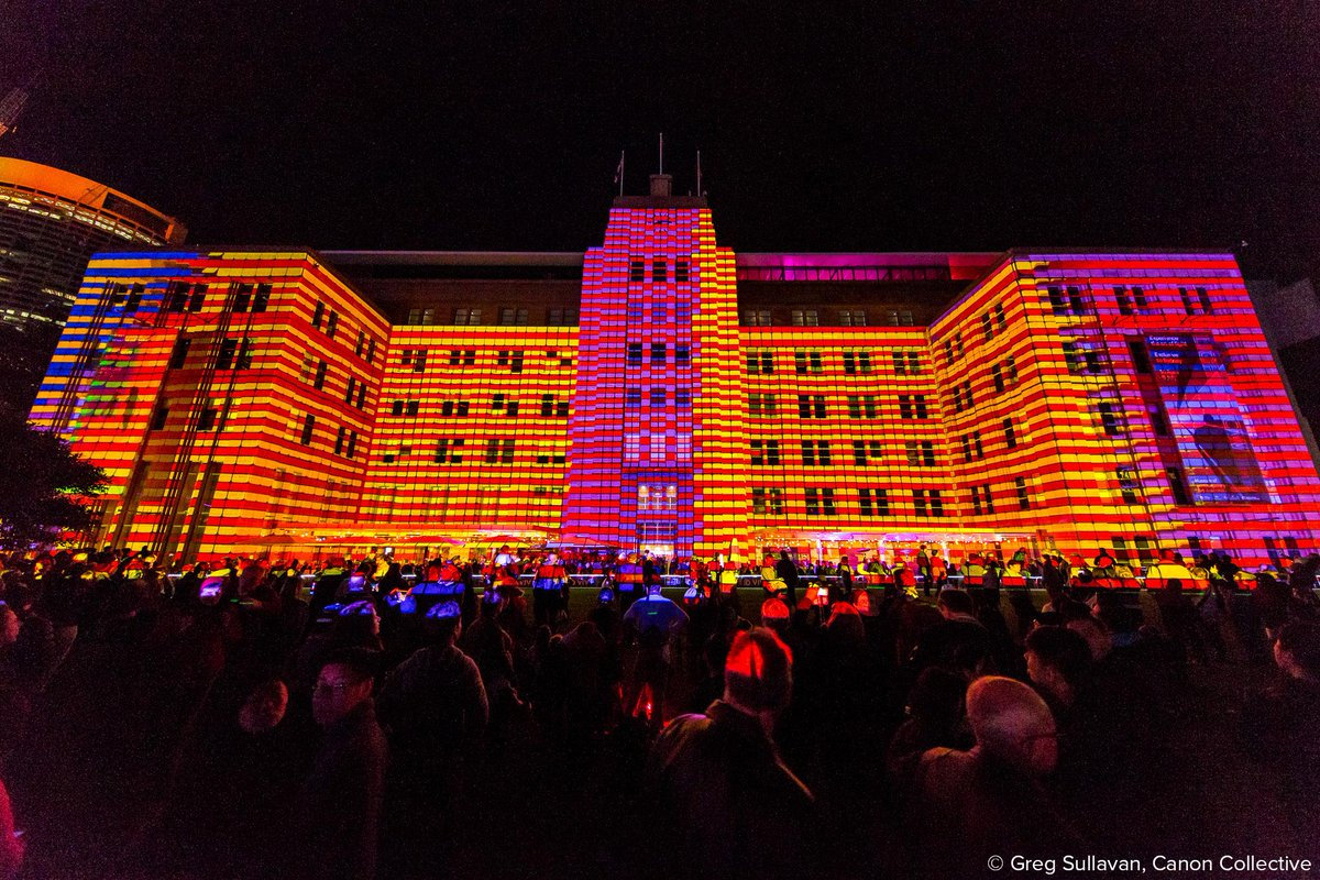 See the best of #VividSydney on a #CanonCollective walking tour: http://t.co/gyHLtHezM4 http://t.co/wzFLzdOI6Y