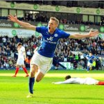 Sir Geoff Hurst can see shades of World Cup winner in #LCFC and England striker Jamie Vardy http://t.co/cTnyfXo9ZU http://t.co/hLBplpgcqO