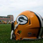 Football is back.  #Packers hit the field for open OTA practice today at 11:30 a.m. CT: http://t.co/dZoTF1V3CY http://t.co/SiyEFARt24