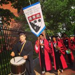 The 701 graduating students from HGSE have arrived to Harvard Yard! #hgse15 #harvard15 @harvardcommence http://t.co/IH5lJ962vL