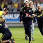 #FIFA stops #Sweden using gender-equal World Cup title for womens contest: http://t.co/LlniYgu2lX @fredrikolofson http://t.co/W7NRTo5L0a