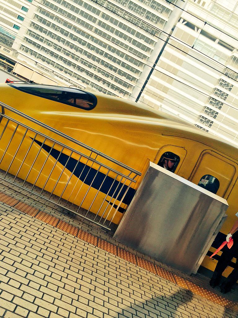 名古屋駅でドクターイエローに遭遇