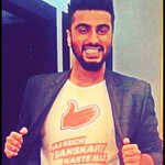 I missed th #IIFA2015 presscon, so baba decided 2 wear this tshirt in my (ahem) honor @arjunk26  #IIFA2015 #represent http://t.co/zFpV1kJpgH