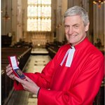 Bath Abbey rector becomes Queens honorary chaplain http://t.co/1fEcFZbCp1 http://t.co/HsirbCxFSY
