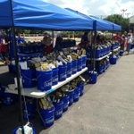#Lowes at Beechnut and 610 ready with free flood cleanup supplies from noon to 6 PM @KHOU http://t.co/xETkCcE7TV