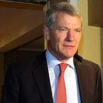 David Gill to reject FIFAs executive committee if Sepp Blatter is re-elected: http://t.co/Hx7pI88sIT http://t.co/pHdRO97Fsk