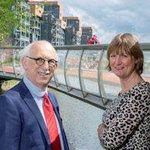 Apeldoorn volgende week: VNG congres strijkt neer in Apeldoorn http://t.co/XoSWaUmee9 http://t.co/H6bq8ljilo