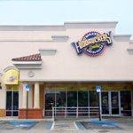Best Burger joint in #Miami @fuddruckers #NationalBurgerDay http://t.co/0Ax8Q2kzgt