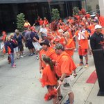 Awesome Tiger Walk! Thank you #Auburn Family! #WarEagle #WCWS http://t.co/mhSc36YHu5