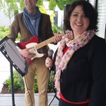 Benedict Schlepper-Connolly & Michelle ORourke serenaded the @SantaRitaRD garden in @bloominthepark today. Awesome! http://t.co/0kDicog4M2