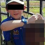 The mother of a boy pictured holding severed head wants to return to Australia http://t.co/tbA01WSxPi http://t.co/E46MfXMsSA