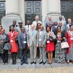 Vanmiddag ontving burgemeester drs. A.A.M. Brok een handelsdelegatie uit Kameroen op het Stadhuis #dordrecht http://t.co/TJ0xxIcUYR