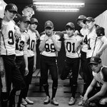 EXO reveal more about their new title track Love Me Right + comeback stage dates http://t.co/TJ7vXb3fVS http://t.co/pKJvPqEjDU