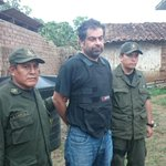 Belaunde capturado por la Policía a las 16:10 de hoy. Crédito: Ministerio de Gobierno http://t.co/afbwJw7oNg