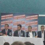"""Presentación del """"voto electrónico"""" junto a @DiegoMPalau @AdolBermejo http://t.co/QufKHGXOmd"""