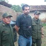 Así se ve #BelaundeLossio tras ser capturado en Bolivia [FOTO] ►http://t.co/l4nICKpvcR http://t.co/CkAsHkMes7