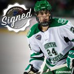 Congratulations to two-time All-NCHC defenseman Jordan Schmaltz, who has signed with the @StLouisBlues. #UNDproud http://t.co/1sOvetOqpN