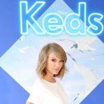 .@taylorswift13 tells us about her new 1989-inspired @Keds! They never go out of style, tbh. http://t.co/UwGKJrzylL http://t.co/eZ2TCILtn3