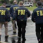"""FBI invade sede da CBF, não encontra Série B paga pelo Flu e avisa: """"Vai ter que pagar"""" https://t.co/kxaSQQ6yvk http://t.co/LIVCsg5sFh"""