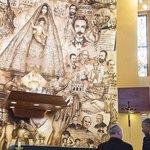 Obama stops by shrine to Cubas patron saint http://t.co/ZaI6HRaK5M | Getty http://t.co/SNr2o7OJu1
