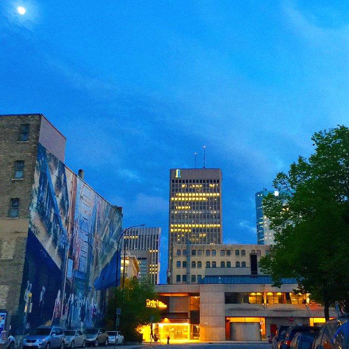 Good night #Winnipeg! http://t.co/i8HS17Fmnc
