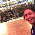 Great crowd here at Abreeza Mall✌🏼️ http://t.co/dcmEuTvSBn