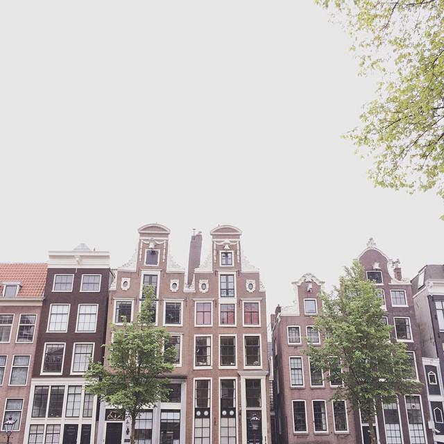 Cloudy Friday in #Amsterdam #VSCOcam http://t.co/rLVSfHvvxk