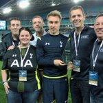 Heres @ChrisEriksen8 presenting @OzSpurs with their FFDU supporters club of the year award. #SpursInSydney http://t.co/HRJ1lC5pkg