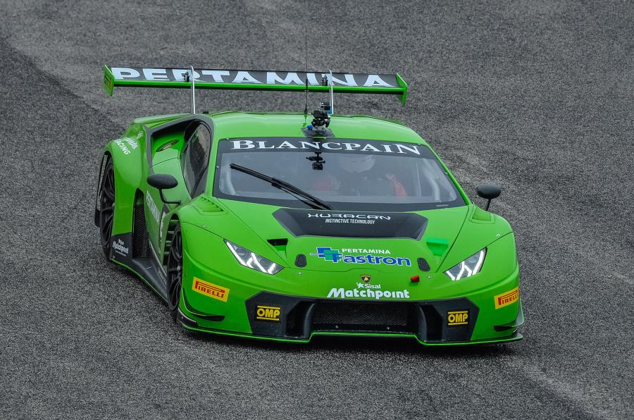 Driving the @Lamborghini Huracan GT3 - the latest creation from the works race team http://t.co/7MCKp6TaaY http://t.co/CfX38FVqp6