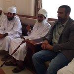 الإعلامي أحمد الشقيري في ضيافة سماحة الشيخ أحمد الخليلي مفتي عام السلطنة للحديث عن التسامح الديني والوئام في عُمان. http://t.co/GjA5gvNO6y