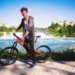 Heute mal Mountainbiken am Rheinfall in der Schweiz! Macht Laune! 😄🚲 http://t.co/Pc0bDps298