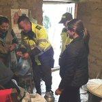A doña Rosa, en Boyacá, los policías del cuadrante la llevan cada 8 días a su cita médica. Gracias muchachos. http://t.co/83665ZqMfv