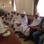@al_wisal تخللها لقاء لأحمد الشقيري بسماحة الشيخ أحمد بن حمد الخليلي المفتي العام للسلطنة . http://t.co/92jrYVSTkJ