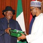 "Nigerian economy in ""deep trouble"", says Buhari http://t.co/9UC8x1ugnr http://t.co/50WYb22YWQ"