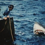 """""""Jaws"""" will be returning to the big screen in June to celebrate its 40th anniversary http://t.co/d1FBWmblHd http://t.co/YK9uZHuvQK"""