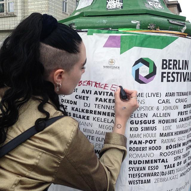 Introducing our Berlin Festival guest Instagrammer for today @BeatriceEli. Follow her! http://t.co/Z2jYEulMJX http://t.co/IjWdLFt7pY