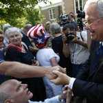 ICYMI: Former House Speaker Dennis Hastert indicted by federal grand jury http://t.co/mLXTJK3L4j http://t.co/9qz9InPdEZ