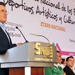 Esta gran convocatoria representa la fuerza y unidad del @SnteNacional y @SNTE_Seccion15: Juan Díaz de la Torre. http://t.co/1Dl38MaAFp
