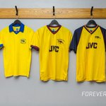 Attention Gooners. Are your @Arsenal shirts ready? Tomorrow London is yellow.#StrongerTogether http://t.co/q3pHv7yDCu
