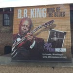 Hundreds line up in Indianola, Mississippi for the public viewing of #BBKING. My live reports on @3onyourside http://t.co/q7FBHbBH0m