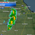 A line of heavy rain moving into some of the far west & southwest suburbs of #Chicago now. Are YOU seeing any? http://t.co/9vtFyFuLtI
