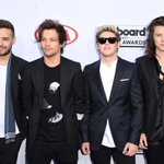 My #TeenChoice nominee for #ChoiceSummerMusicGroup is One Direction http://t.co/nUDwAsfihX http://t.co/uEusUmFVe9