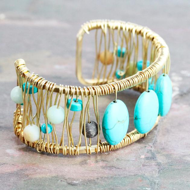 It is finally FRIDAY! Shout out to the #weekendjewelers who are ready to leave work and get to their bench #Jewelry http://t.co/DPYLGdtVsa