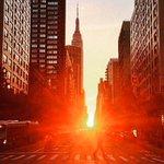 #Manhattanhenge 2015: Heres Where to Watch the Sun Set http://t.co/Fob6DJyUJ9 http://t.co/icn05aXPBr
