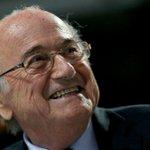 BREAKING: Sepp Blatter wins the FIFA presidency after Prince Ali bin Al-Hussein withdraws http://t.co/A2gfmsHYN8 http://t.co/PrO0Xsw3ou