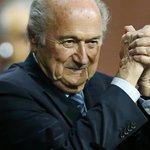 Joseph Blatter réélu à la tête de la Fifa http://t.co/kOcNhlxY3r http://t.co/VPwBiXrlcg