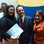 266 trabajadores reciben titularidad de cargo fijo gracias a @VielmaEsTachira Justicia social @todasconvielma http://t.co/IPWxsyM2L8