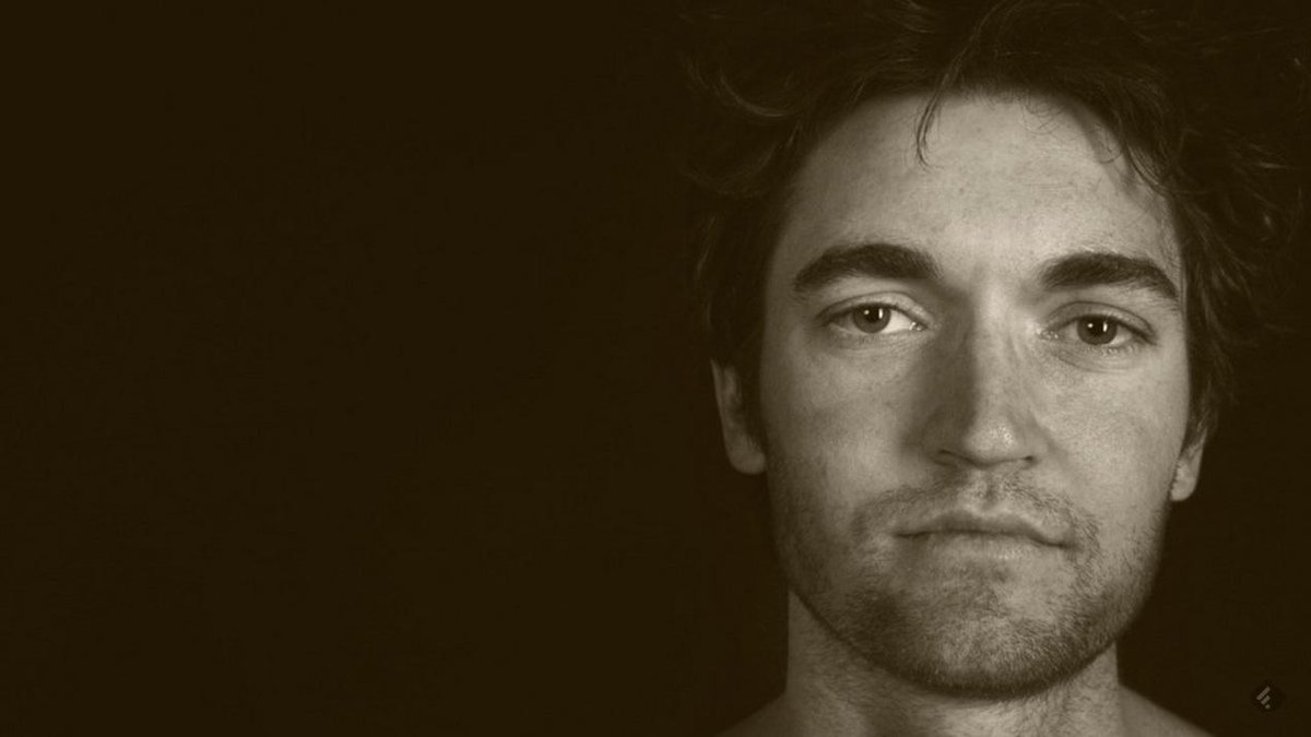 BREAKING:  #SilkRoad founder Ross Ulbricbht just sentenced to life in prison.  http://t.co/5nauf3ORLb http://t.co/vqsiLWOLMm