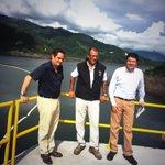 En la hidroeléctrica Sogamosa (820 MW) en Bucaramanga con los vicepresidentes de Ecuador y Colombia @JorgeGlas http://t.co/TknLftuIQQ